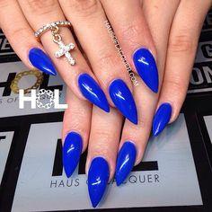 Blue Stiletto Nails, Acrylic Nails Coffin Short, Coffin Nails, Green Nails, Blue Nails, White Nails, Pedicure Nail Art, Nail Manicure, Almond Nails Designs