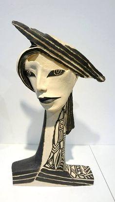 Sculpture: Janine Derouet   In arte veritas
