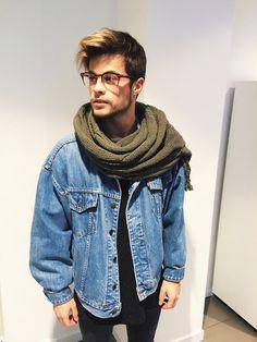 Cachecol, Cachecol para Homens. Macho Moda - Blog de Moda Masculina: Cachecol Masculino: Dicas para Homem usar Cachecol, Look Masculino com Cachecol,  Cachecol Verde Militar, Jaqueta Jeans