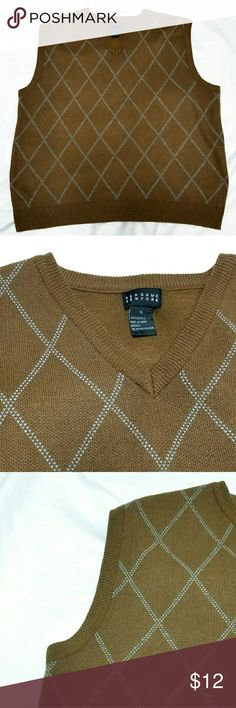 ⬇⬇Men🌟V Neck Sleeveless Sweater 100% Acrylic Bergamo New York Sweaters V-Neck