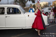 Desfile Pin Up, DE PELICULA para la Cabalgata del Ninot de Valencia, como Tienda Hadas Pin Up y acompañadas de Coches  Antequera Classic y el piloto Miguel Adhoc, contando con la compañía de nuestras queridas modelos pin ups, la bailarina Piruleta y la cantante Eva Dinora.#hellbunny #vestidospinup #vestidosaños50#retro #pinup #pinupvalencia   #modapinup #años50 #modelospinup #eventopinup #desfilepinup #modelopinup #fotopinup #modaaños50