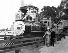 Walter and Cordelia Knott on the opnening day of the Calico & Ghost Town Railroad at Knott's Berry Farm in (Orange County Archives) Bizarre Los Angeles Old Photos, Vintage Photos, California History, Southern California, Calico Ghost Town, Knotts Berry, Buena Park, Desert Life, Old Signs