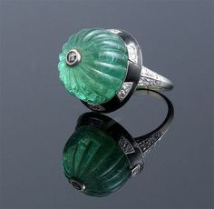 Edwardian Carved Emerald Ring