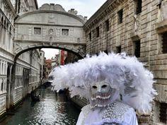 Fotografía: Guía Jesús Balsa - Carnaval de Venecia Lion Sculpture, Statue, Art, Carnival Of Venice, Dancing, Art Background, Kunst, Performing Arts, Sculptures
