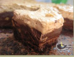 Tort  merengue cu ciocolata si crema mocca-brandy