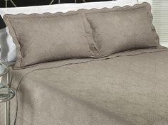 Kit: 1 Cobre-leito Casal Bouti Bordada de Microfibra + 2 Porta-travesseiros - Dhara Stone - Dui Design | Vida e Cor