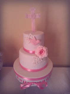 Could do something like this at he base to look a little bigger  Communion cake