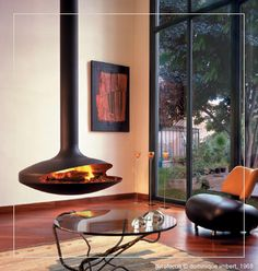 Love this Floating Fireplace Suspended Fireplace, Floating Fireplace, Contemporary Fireplace Designs, Contemporary Design, Modern Design, Art Deco Zimmer, Focus Fireplaces, Modern Fireplaces, Houses