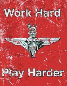 Parachute Regiment, Military Art, Wise Quotes, Play Hard, Ww2, Badass, Guns, British, Vintage