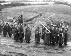 Sotavankeja, kuva: Martti Aaltonen