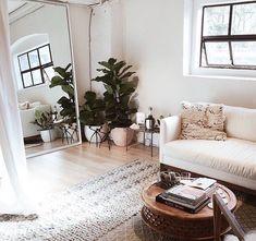 Lovely white home deco, living room decoretion, interior design Cozy Living Rooms, Home Living Room, Apartment Living, Living Room Decor, Living Spaces, Apartment Ideas, Indie Living Room, Apartment Goals, Decoration Inspiration
