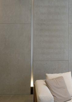 mInotti at dedece. co-ap. Interior Walls, Interior Lighting, Lighting Design, Interior And Exterior, Wall Lighting, Minimalist Interior, Modern Interior, Interior Architecture, Interior Design
