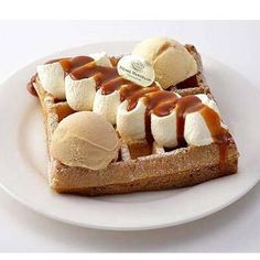 No Bake Desserts, Dessert Recipes, Waffle Shop, Tasty, Yummy Food, Breakfast Dessert, Homemade Ice Cream, Sweet Cakes, Food Cravings