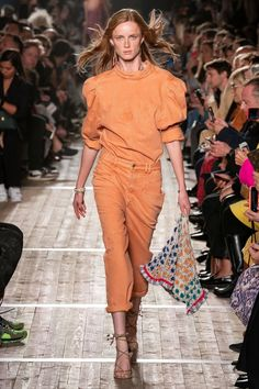 Isabel Marant Spring 2020 Ready-to-Wear Collection - Vogue Women's Summer Fashion, Fashion Week, Fashion Outfits, 2020 Fashion Trends, Fashion 2020, Catwalk Fashion, Fashion Show Collection, Couture Dresses, Mannequins