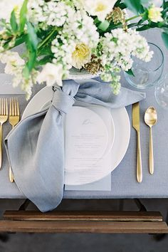63 Stunning Wedding Table Centerpieces Ideas For Your Big Day Floral wedding centerpieces; simple We Wedding Table Linens, Wedding Napkins, Wedding Table Centerpieces, Wedding Decorations, Wedding Napkin Folding, Ribbon Wedding, Wedding Invitations, Gold Chargers Wedding, Wedding Table Cards