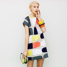 Marimekko´s Spring 2013 totally 70 s Mode Style, Editorial Fashion, Fashion Models, Fashion Trends, Spring Fashion, What To Wear, Fashion Photography, Short Sleeve Dresses, Short Sleeves