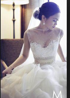 See through lace flowers splattered sweetheart neckline Cinderella skirt