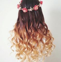 Image via We Heart It https://weheartit.com/entry/152965842/via/29738922 #brunette #curls #dipdye #flowercrown #flowers #girls #grunge #hair #hipster #longhair #love #ombre #pink #stuff #wall #white