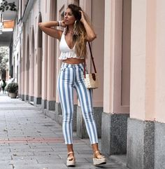 Cute casual outfits, spring clothes, trendy summer outfits, summer brunch o Trendy Summer Outfits, Spring Outfits, Casual Outfits, Spring Clothes, Classy Outfits, Beautiful Outfits, Mode Outfits, Fashion Outfits, Fashion Trends