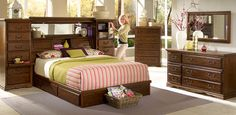 Oak Bedroom Furniture, Bedroom Suites, Sleigh Beds, Bedroom Sets