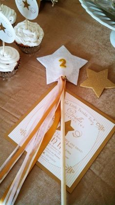 Gold Glitter Star themed birthday party Full of Really Cute Ideas via Kara's Party Ideas | KarasPartyIdeas.com | Cake, decor, cupcakes, favors, games, and MORE! #starparty #goldglitterstar #goldstar #partystyling #partyideas #partydecor #eventplanning (18)