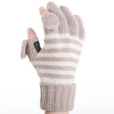 When you just cant wait to text! Smart (phone) cashmere gloves.