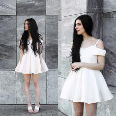 b696828a6251 Holynights Claudia - Chic Wish Dress