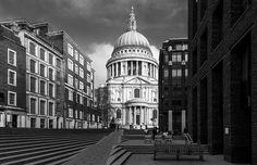 London - St Pauls Passage by John & Tina Reid, via Flickr