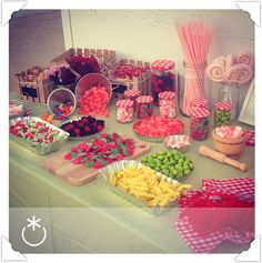Sweet Table Wedding, Wedding Sweets, Wedding Candy, Candy Table, Candy Buffet, Dessert Table, Sweet 16 Sleepover, Sweet 16 Parties, Bar A Bonbon