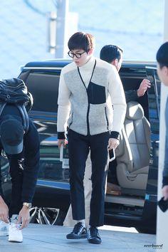 Airport Fashion, Kpop Fashion, Airport Style, Kim Junmyeon, Suho Exo, To My Future Husband, My Boyfriend, Bunny, Winter Jackets
