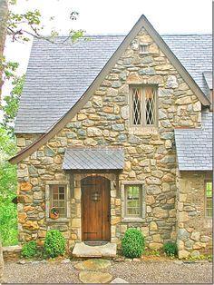 Award winning cottage in Cashiers, NC | Architect Travis Mileti with Mountainworks Custom Home Design