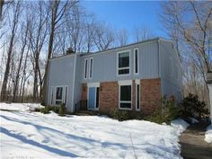80 Spicer Hill Rd, Ledyard, CT, Connecticut 06339 Call or text me to view or for more info 860-917-5972.