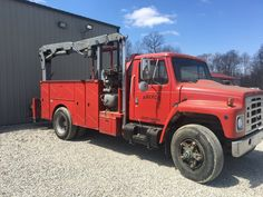 Excellent shape 1986 International Utility Service Truck for sale Welding Rigs, Utility Services, Metal Shop, Tow Truck, Model Building, Trucks For Sale, Shape, Adventure, Wood