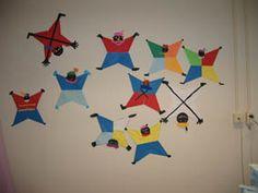 Zwarte pieten van 4 vliegers Origami, December, Diy Crafts, Google, Bricolage, Origami Paper, Homemade, Crafts, Diy Projects