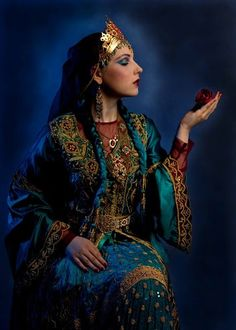 The PERSIAN PRINCESS .. Lovely ethnic clothing of IRAN