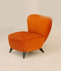 Vladimir Kagan Fireside Chair for my orange man Manly Living Room, Chaise Chair, Club Chairs, Lounge Chairs, Dream Furniture, Mid Century Chair, Mid Century Modern Furniture, Furniture Styles, Modern Chairs