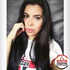 """28 curtidas, 1 comentários - As mais Belas São Paulinas (@lindas.sao.paulinas) no Instagram: """"Love is enough ❤ #UnidosPeloSPFC #saopaulofc #SPfc 🔴⚪⚫ ************************ 📷 #LindaSãoPaulina…"""""""