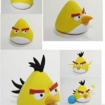 jpg tutoriel tous perso angry birds en fimo (How To Make Cake Figures) Gâteau Angry Birds, Torta Angry Birds, Fondant Animals, Clay Animals, Clay Projects, Clay Crafts, Decors Pate A Sucre, Bird Birthday Parties, Biscuit