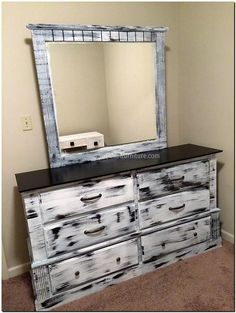recycled pallets dresser 2