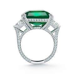 Amazing Colombian Emerald and Diamond Ring | From a unique collection of vintage solitaire rings at https://www.1stdibs.com/jewelry/rings/solitaire-rings/