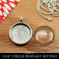 Silver Circle Pendant Tray with Glamour FX Glass. Photo Jewelry Making. Antique Silver Plating. 20mm or 13/16 Inch. on Etsy, $4.50
