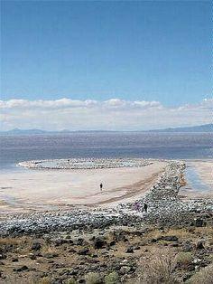 Land Art - Spiral Jetty #Utah by Robert Smithson