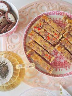 Helppo mutta ihana #poropiirakka Bread, Food, Eten, Bakeries, Meals, Breads, Diet