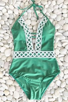 f66b0faa150b9 Cupshe Thick Forest Halter One-piece Swimsuit