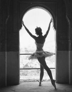 Margot Fonteyn Pictures - Rotten Tomatoes