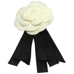4b19a1e376e52 Classic Vintage Chanel Camellia and ribbon brooch   Good condition