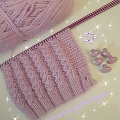 4870 likes 193 comments This post was discovered by nu 18 Easy Knitting Stitches You Can Use for Any Project No photo description available. Diy Crafts Knitting, Easy Knitting Patterns, Crochet Patterns For Beginners, Knitting Stitches, Free Knitting, Knitting Projects, Baby Knitting, Stitch Patterns, Diy Crochet
