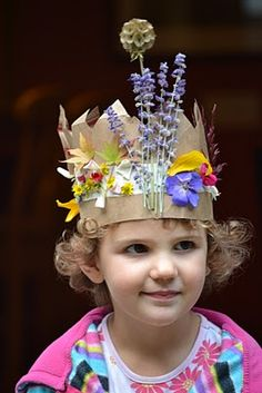 Small Hands in the Big World: Nature crowns made from a paper bag and natural elements