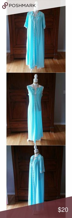 Christian Dior vintage robe and peignoir M This gorgeous girl is likely from the 60s or 70s. It's not in perfect condition - it IS vintage after all - but definitely wearable. The color is amazing! Size M but could fit an XS or S, too. Christian Dior Intimates & Sleepwear Chemises & Slips