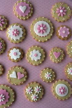 Xocolat and co: Galletas decoradas de flores                                                                                                                                                      Más